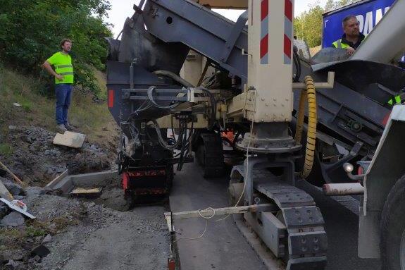 Na dálnici D4 směrem na Prahu pokračují opravy žlabů